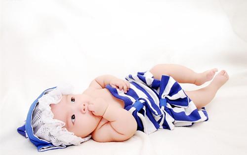 内敛洋气的双胞胎女宝宝名字推荐