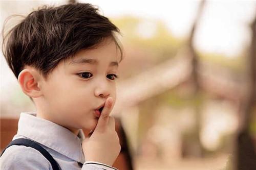 姓徐男孩取名最好听的搭配_姓徐好听的男孩名字